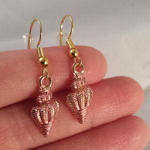 Kristy's Jewels Jewelry - Gold PinkConch Seashell on Hypoallergenic Hooks!